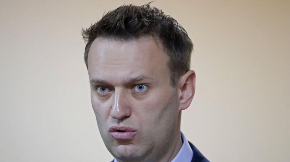 Осъдиха лидера на опозицията в Русия да плати 1,4 млн. долара