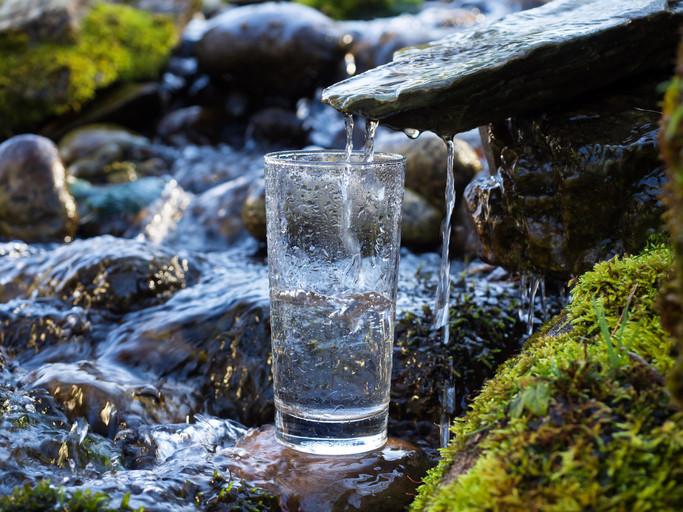 <p><strong>Пестим пари</strong>: Водата е в пъти по-евтина от всички други напитки, които консумираме всеки ден.</p>