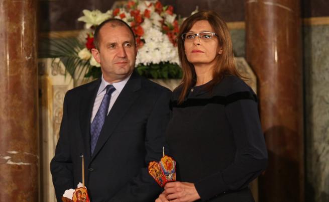 Президентът Радев и съпругата му Десислава ще присъстват на благотворителния спектакъл