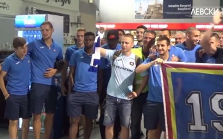 Играчи и фенове на Левски заедно отбелязаха продължаването в Лига Европа