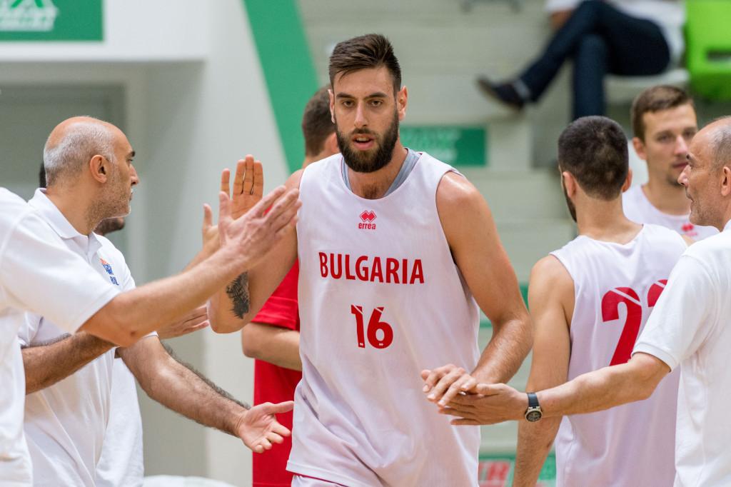 Николай Вангелов дебютира за мъжкия национален тим<strong> източник: LAP.bg, Радослав Маринов</strong>