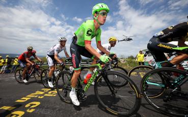 Вторият от Тур дьо Франс от 2017 прекрати участието си