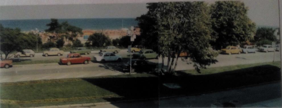 Паркираната Лада на похитителите пред хотел Интернационал на Златни пясъци