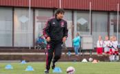 Икона на Аякс търси новите Роналдо и Меси в България