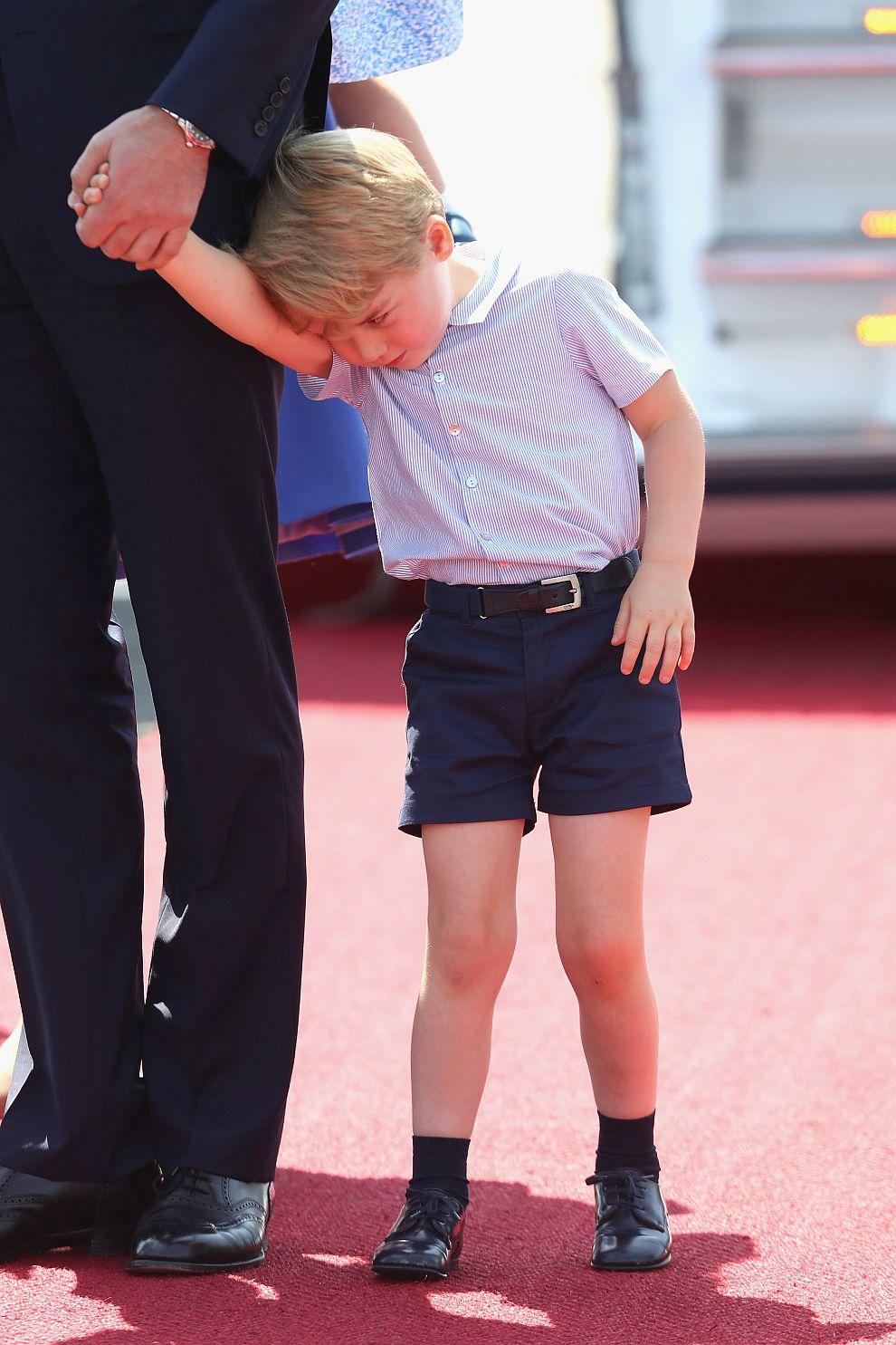 Принц Джордж при пристигането си в Берлин