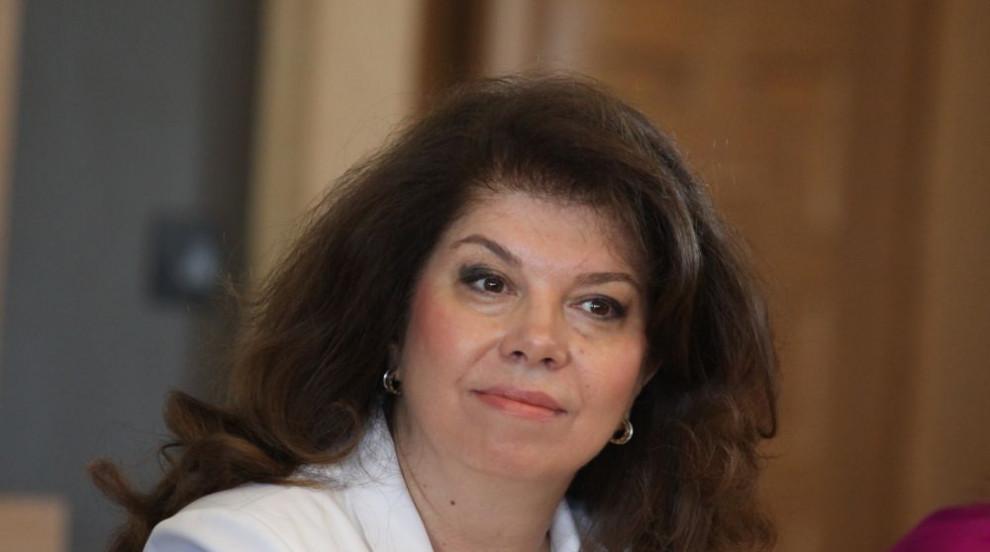 Илияна Йотова: Има ревност за това, че хората харесват президента (ВИДЕО)