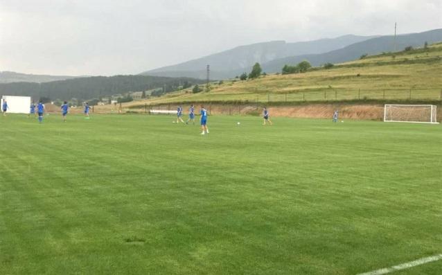 Хубавите условия за футбол на терените в Говедарци източник: Валентин Грънчаров/Gong.bg