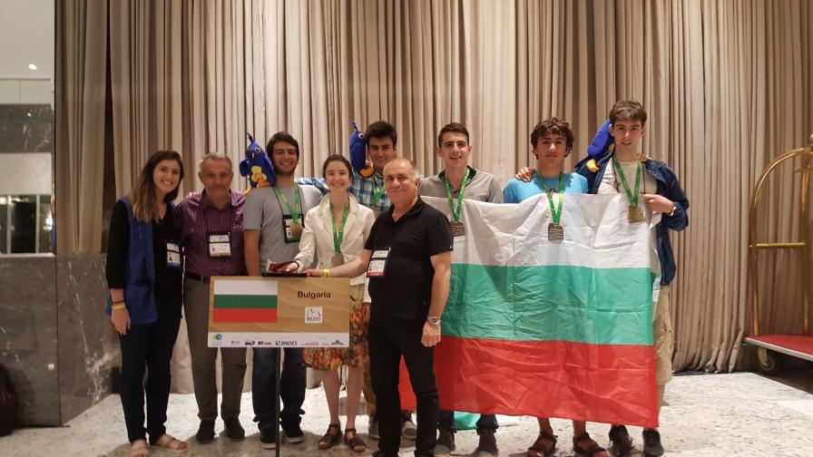 Българският олимпийски отбор по математика