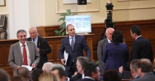 ГЕРБ оттегли текстовете за начина на финансиране на НПО-та в