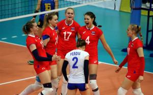 България срещу Русия на полуфинал на Евроволей