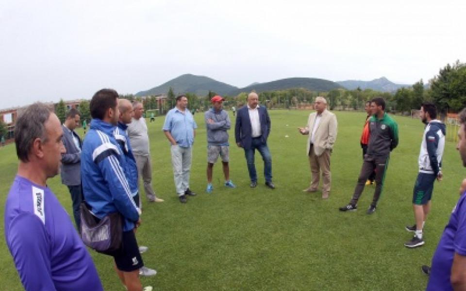 Министър Кралев инспектира подготвителния лагер в Сливен