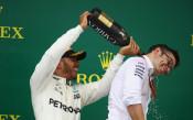 Във Формула 1 ще поливат победите с шампанско за 3 бона