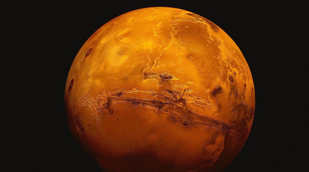Откриха лед на марсианския екватор