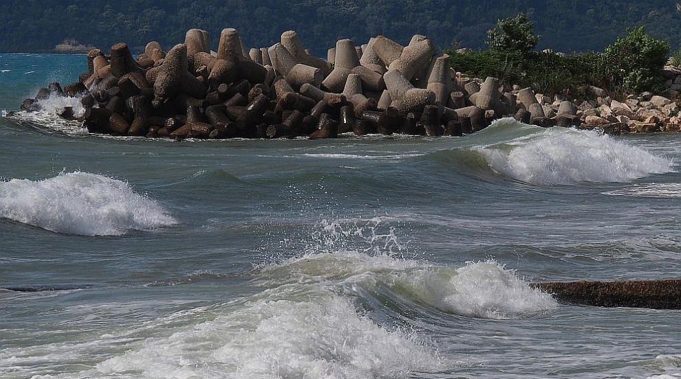 Морето взе две жертви през почивните дни