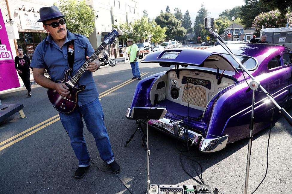 - 23-тите Горещи летни нощи: Шоуто Hot Rod & Classic Car в Данвил, Калифорния, САЩ