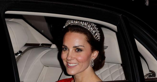Херцогиня Катрин е една от най-обсъжданите светски знаменитости. Тя отдавна