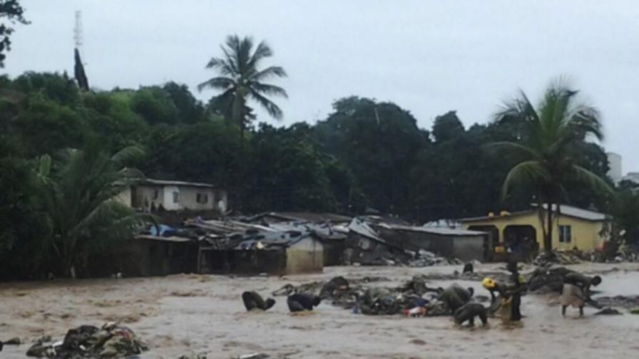 Масов гроб след убийствените наводнения, 600 души в неизвестност