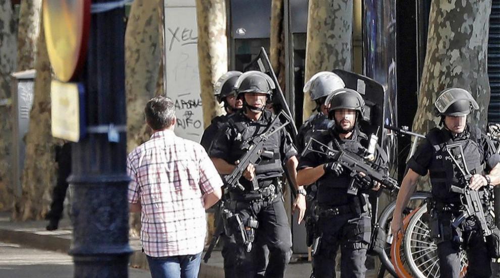 Задържаха предполагаемия атентатор от Барселона (ВИДЕО/СНИМКИ)