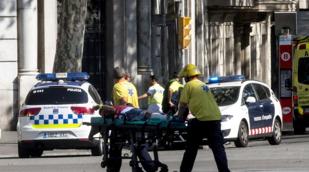 Терорът на Ислямска държава достигна Барселона (ВИДЕО)