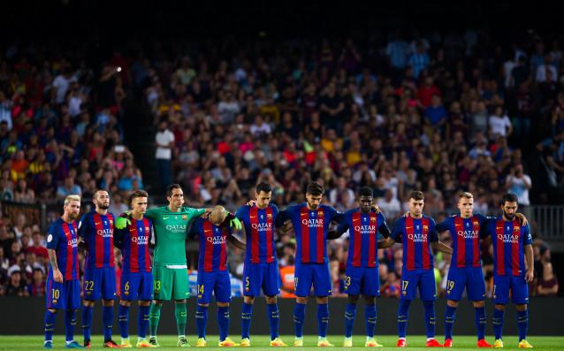Играчите на Барселона излизат с черни ленти срещу Бетис