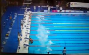 Отказаха минута мълчание на испански плувец, той замръзна на старта