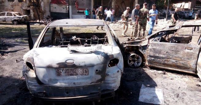 Снимка: Взрив окървави търговски панаир в Дамаск