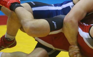 Върнаха състезателните права на наказан за допинг бг-борец