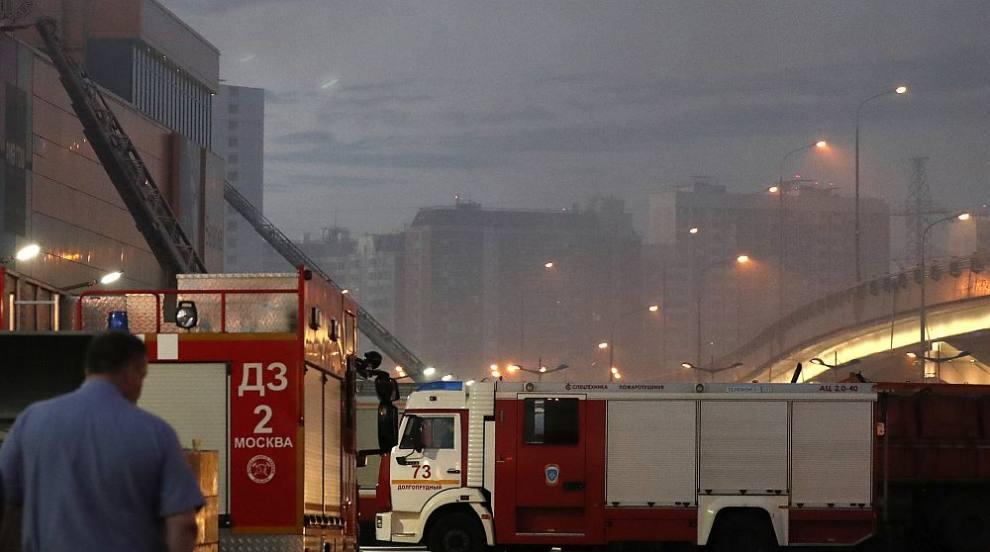 Голям пожар в руския град Ростов на Дон, 120 сгради пострадаха