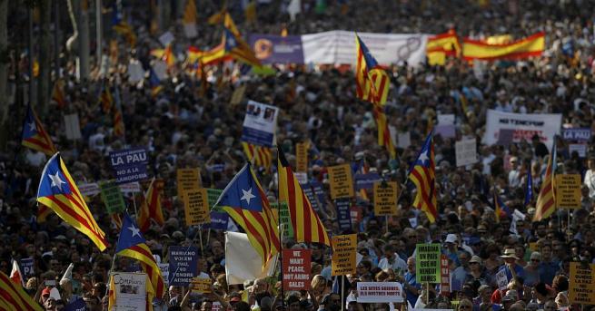Голямото шествие за отхвърляне на тероризма се проведе в Барселона