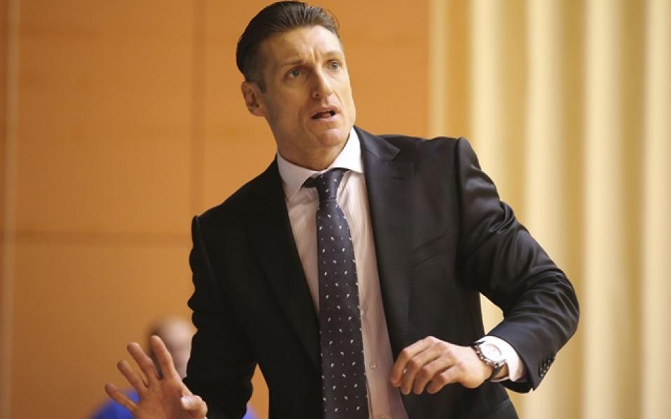 Ники Господинов става треньор на албански отбор