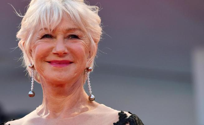 """- """"Сексапилът ще ме преследва до гроба"""", казва актрисата Хелън Мирън, която е смятана за една от най-красивите и горещи жени в Холивуд. В интервю тя..."""
