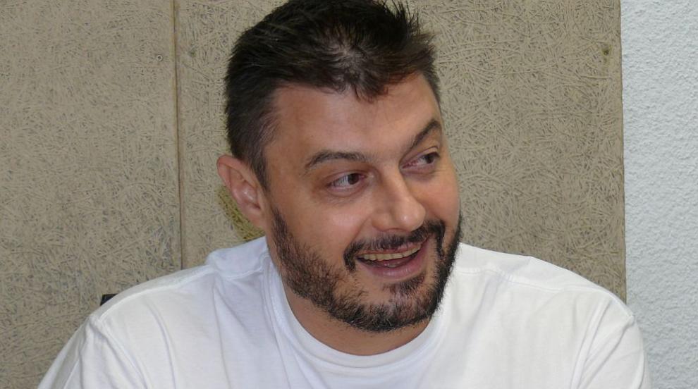 Бареков отиде на свиждане на кравата Пенка (СНИМКИ/ВИДЕО)