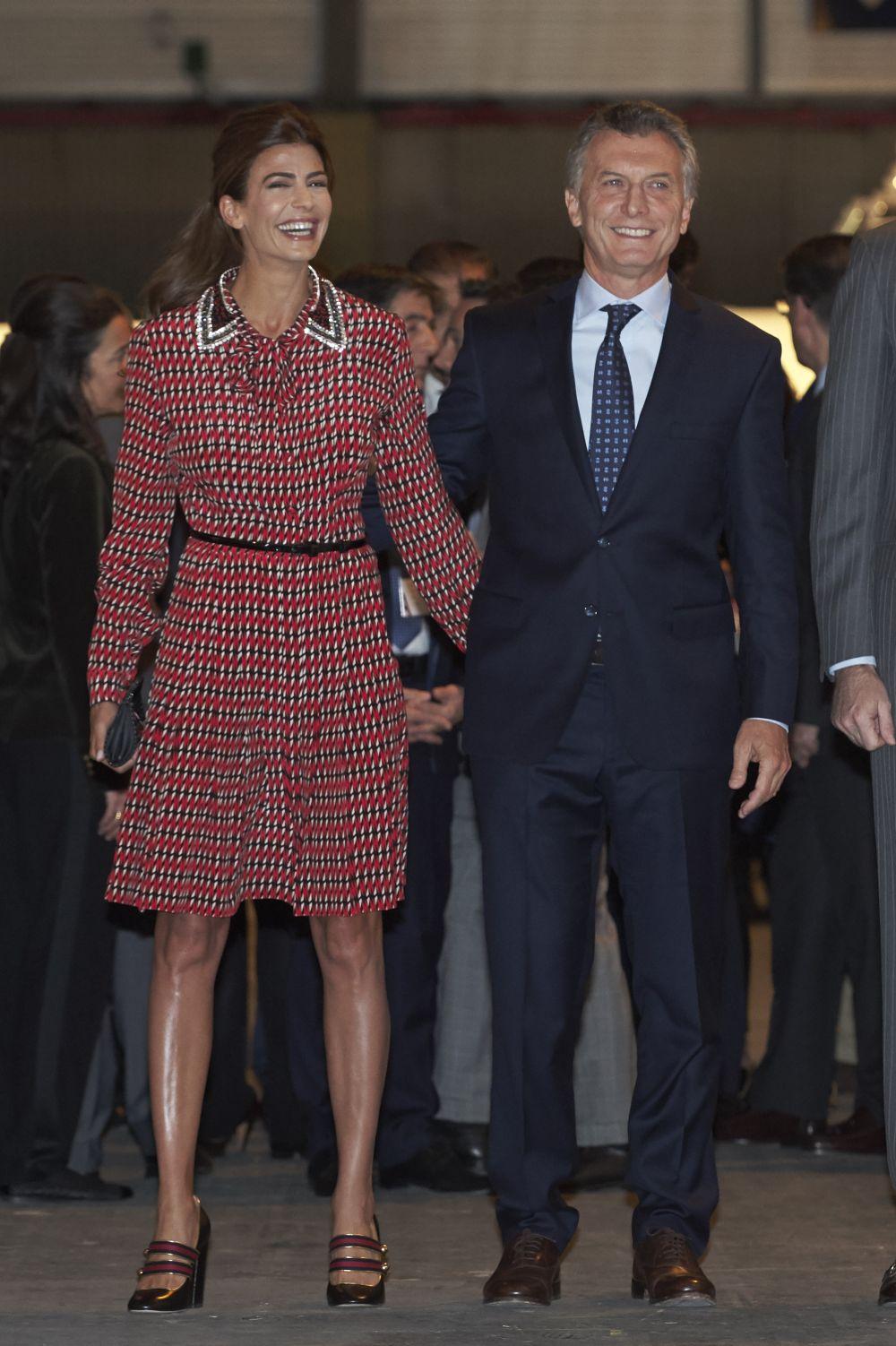 Президентът на Аржентина Маурисио Макри и красивата му съпруга Хулиана Авада.