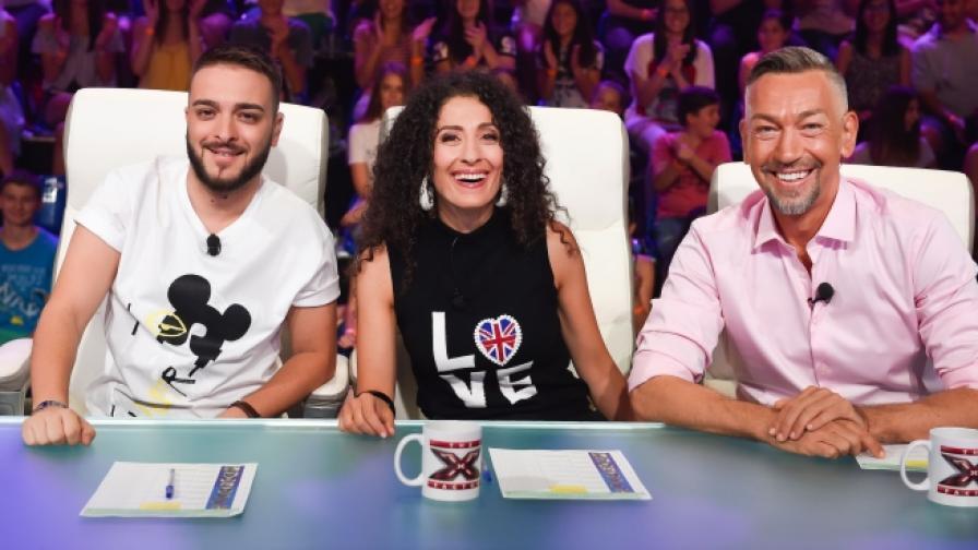 48-годишен сбъдва мечта на дъщеря си в X Factor