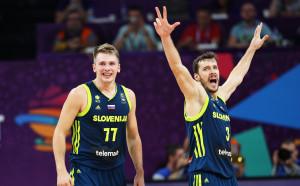 Сърби и словенци в битка за европейския баскетболен трон
