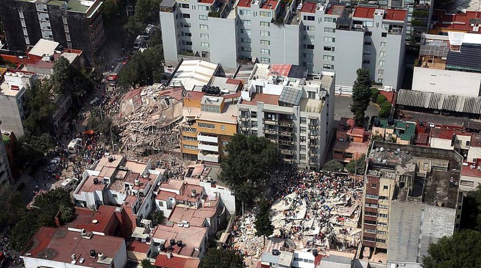 Расте броят на жертвите на труса в Мексико (СНИМКИ/ВИДЕО)