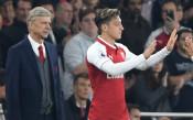 Легенда на Арсенал: Венгер не може да вярва на Йозил