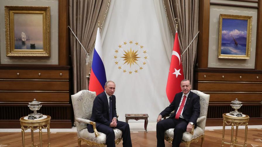 Владимир Путин и Реджеп Ердоган в Президентския дворец в Анкара