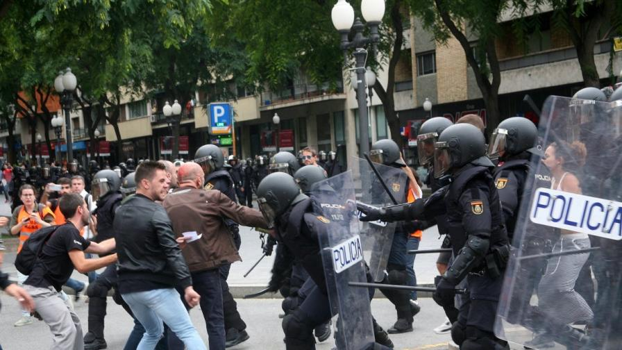 Каталуния реши да се отдели, Брюксел: Оставате извън ЕС