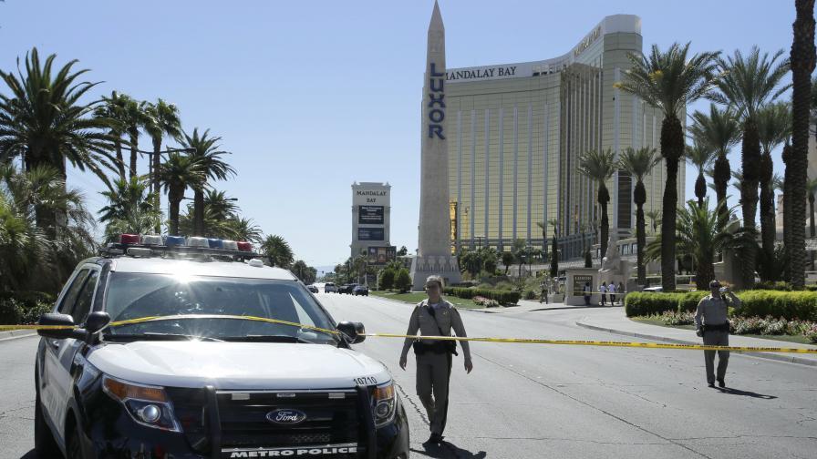 Стрелецът от Вегас с над 30 оръжия и експлозиви