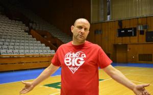 Тити Папазов: Подходихме с уважение  към съперника