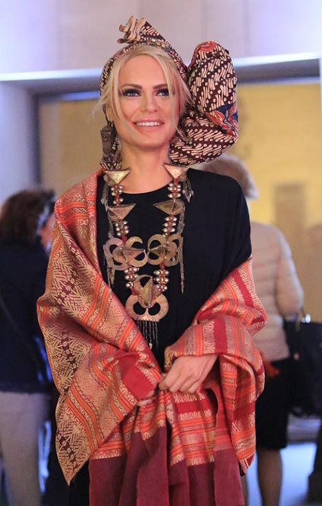 Сн. 32  - Официалното откриване на фестивала на 6 октомври 2017 г. в Квадрат 500 за подбрана публика от официални лица, партньори и приятели на посолството в...