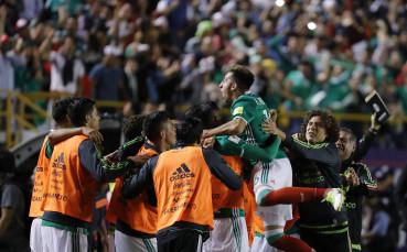 Мексикански национал в полезрението на Барселона