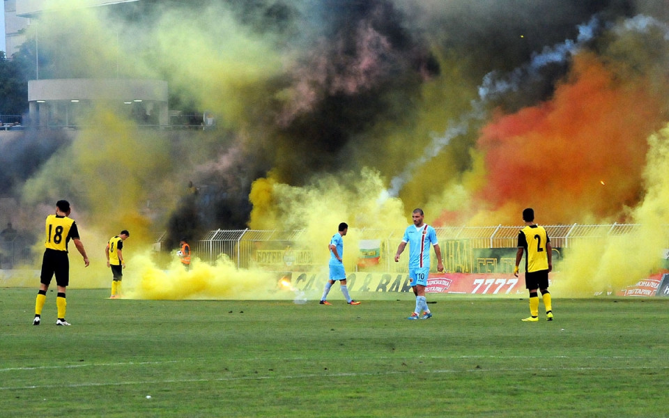 Истинска страст: Някои от най-титаничните футболни дербита
