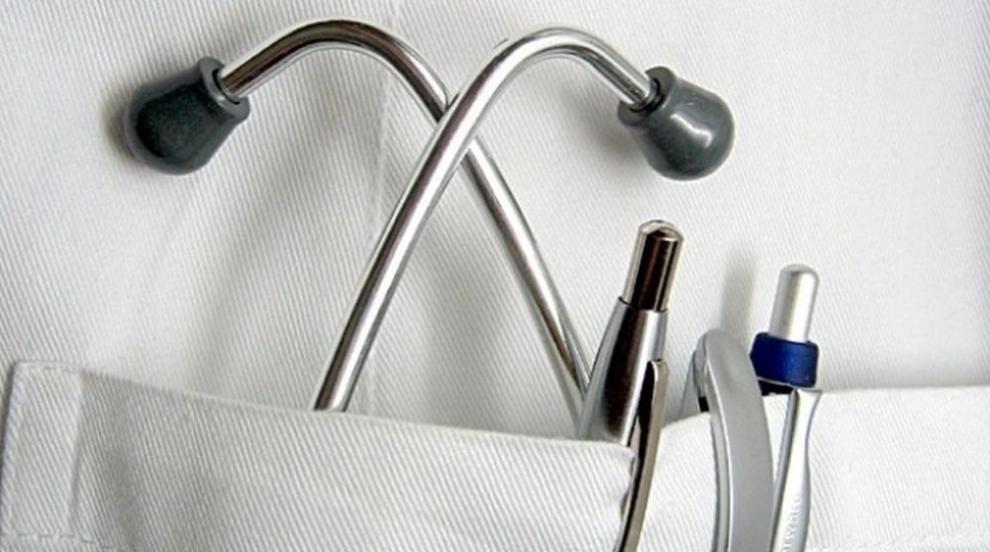 Ново изискване притеснява лични лекари и стоматолози