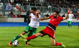 Въпреки слабите резултати, България се катери във ФИФА