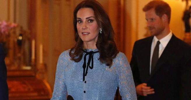 Херцогинята на Кембридж Катрин се появи за първи път на