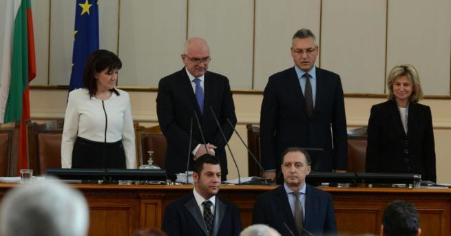 Снимка: Актьорът Евгени Будинов се чувства вълнуващо като депутат