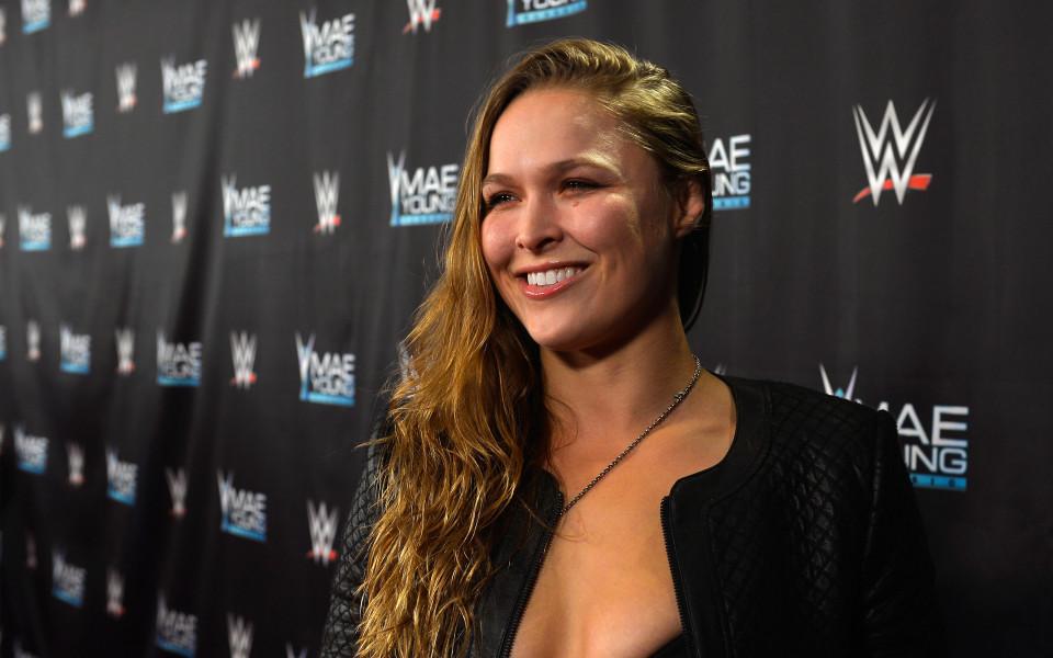 На кръстопът: Дали Ронда Раузи се отправя към WWE... със съпруга си?