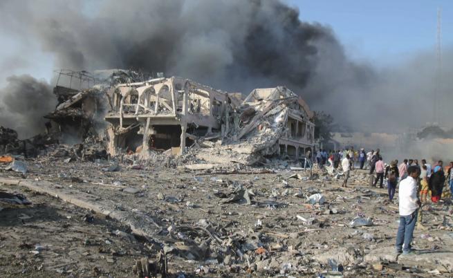 Последиците от взрива в Могадишу